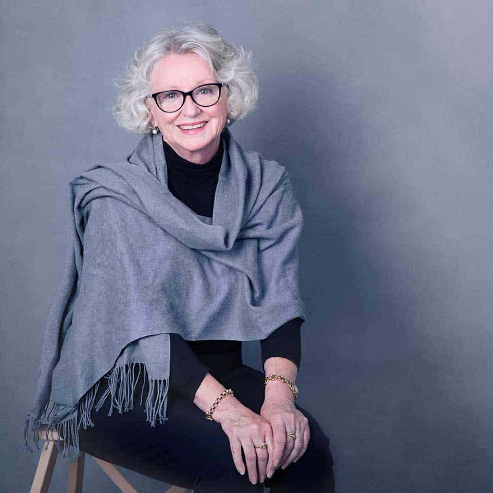Julie-Anne Giles, Nest Counselling
